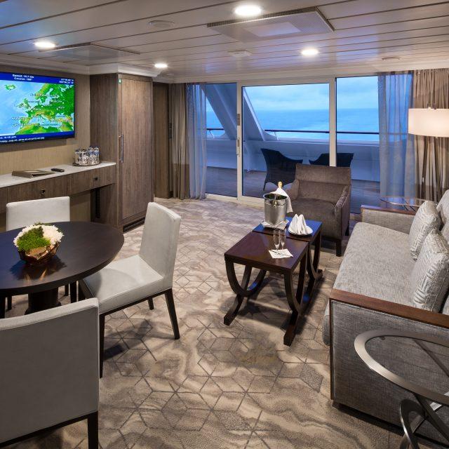 China & Japan with Azamara Club World Owner's Suite Cat. CW - Living roomClub World Owner's Suite Cat. CW - Living room - Room #6091 Deck 6 Aft Starboard.Azamara Pursuit - Azamara Club Cruises
