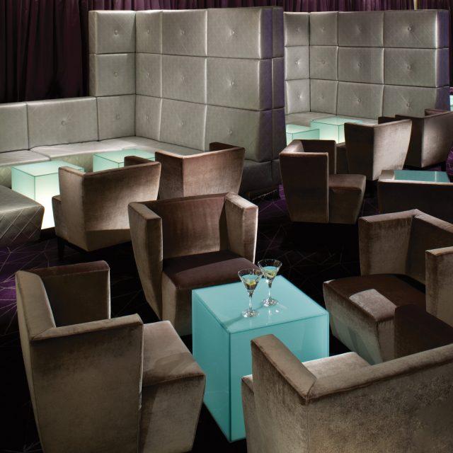 Queensland Coast & Orchid Isles Grand Salon - Deck 6 Aft Seabourn Odyssey - Seabourn Cruise Line