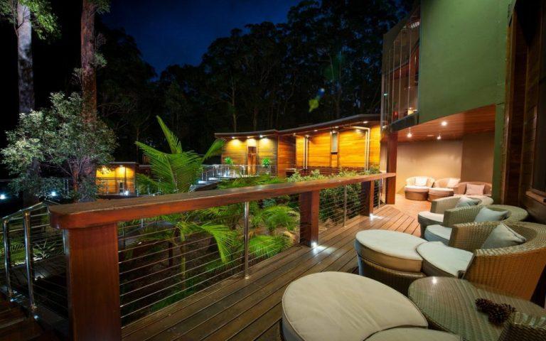 Gwinganna-Lifestyle-Retreat-Spa-deck-1024x681