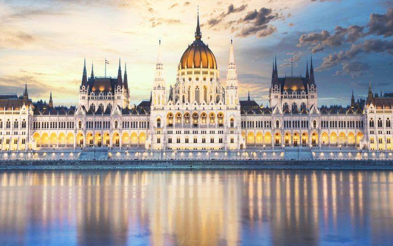Hungary-Budapest-mark-maraz-n6TMJZOwWOw-unsplash