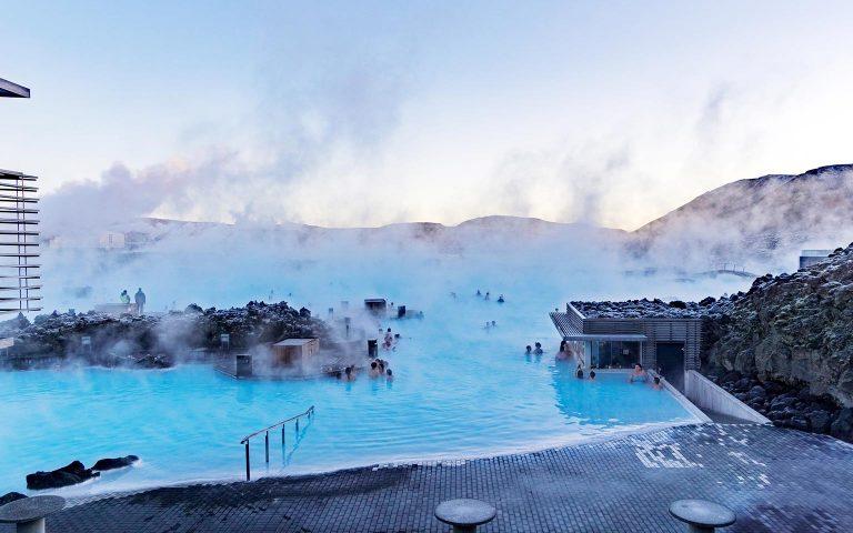 Iceland-Blue-Lagoonbenjamin-rascoe-RS9cTuqI7oo-unsplash
