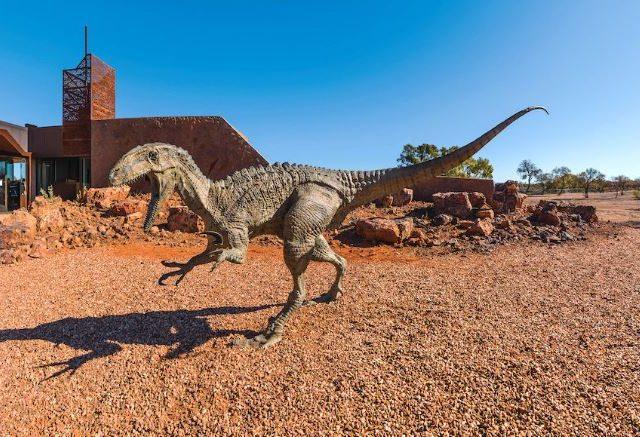 Queensland Outback & Tropics