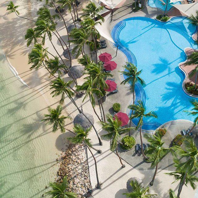 Enticing Tropics of Fiji